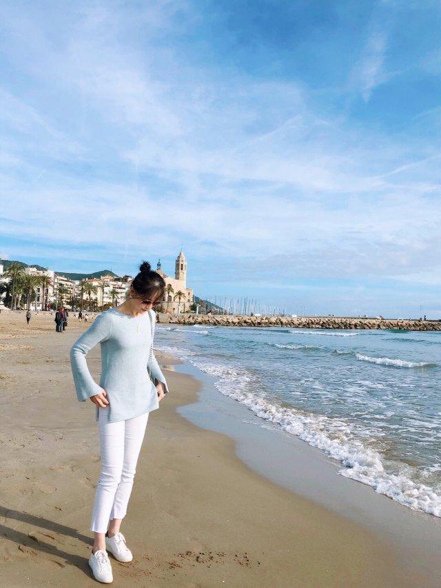 海边永远都喜欢蓝白配
