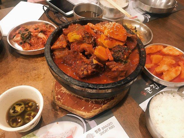 大口吃肉/三番韩料