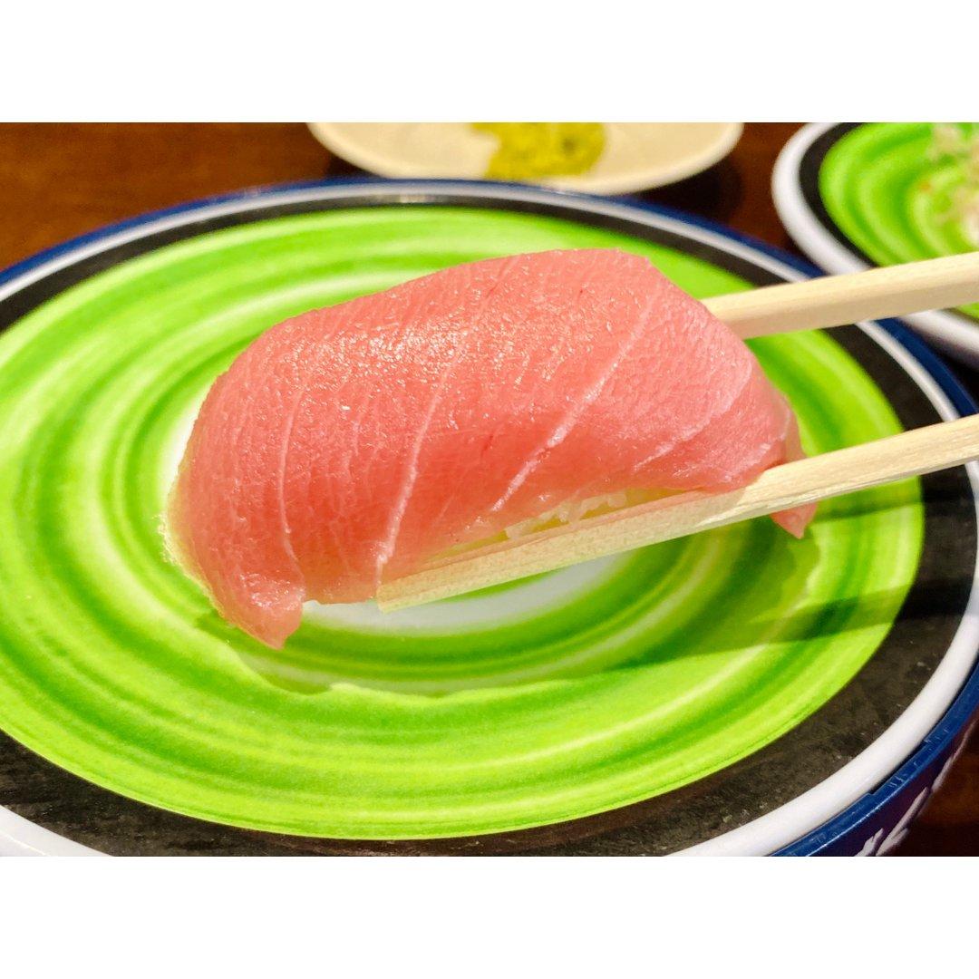 肥美的生鱼片来一打🍣