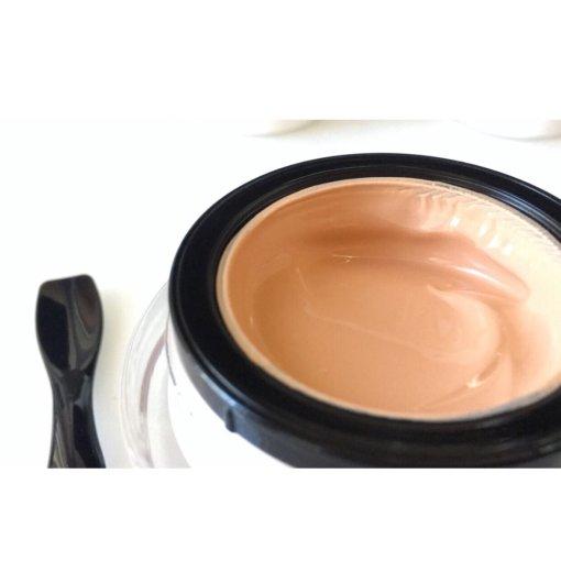 阿玛尼黑曜石养肤粉底,换季时节最好的底妆之一