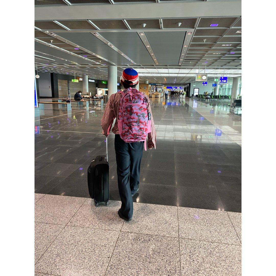 法兰克福国际机场中转休息
