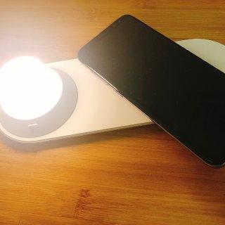 种草的小米床头灯带无线手机充电~...