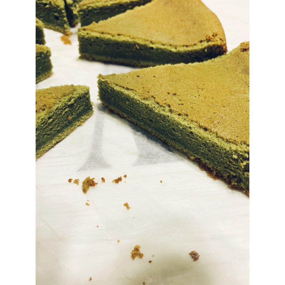 出自某人的第一个蛋糕🍰作品❤️