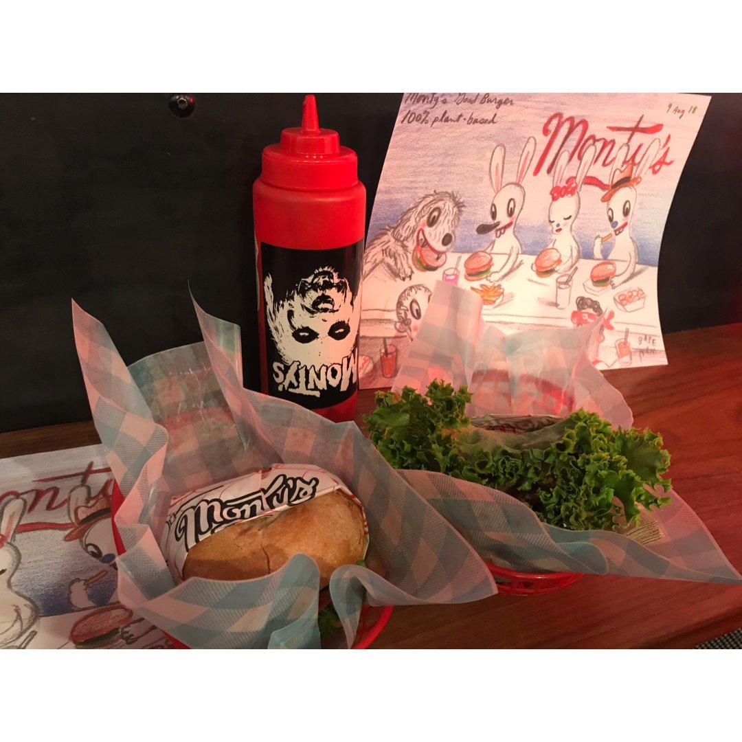 洛杉矶韩国城-素食汉堡店Monty's
