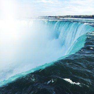 尼亚加拉大瀑布...