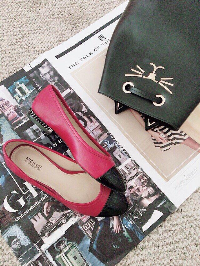 鞋包同一色1️⃣黑貓包 X 黑紅撞...