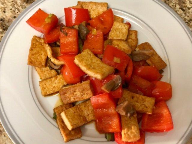 🌤三餐吃什么🌤豆腐炒辣椒