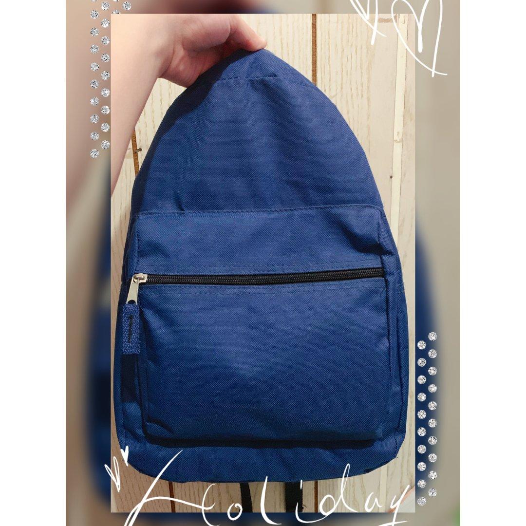 深蓝色小背包!