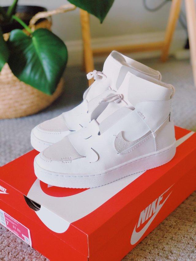 Nike Vandalised L...