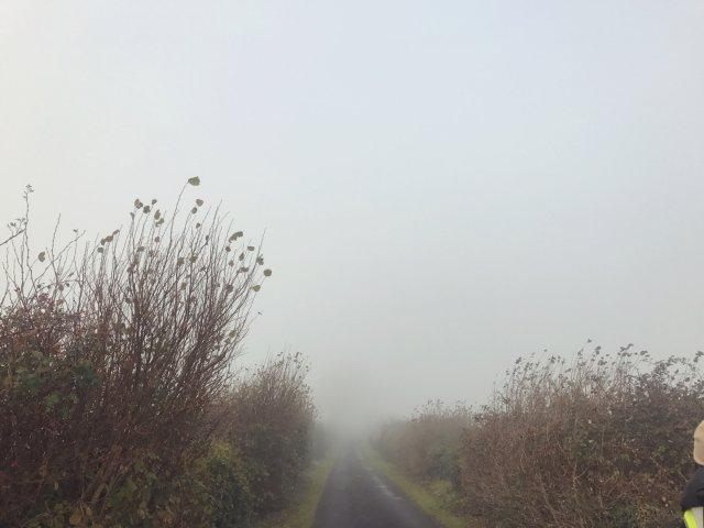 背景墙之一个人去旅行,爱尔兰的迷雾