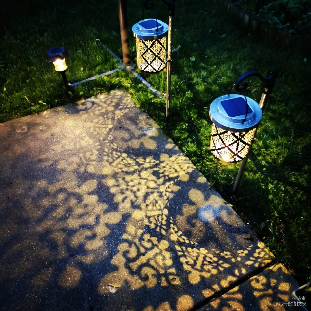 院子里美丽地灯