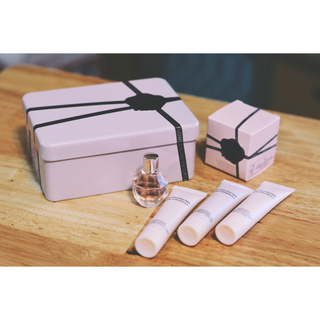 购物分享——丝芙兰V&R香水礼盒