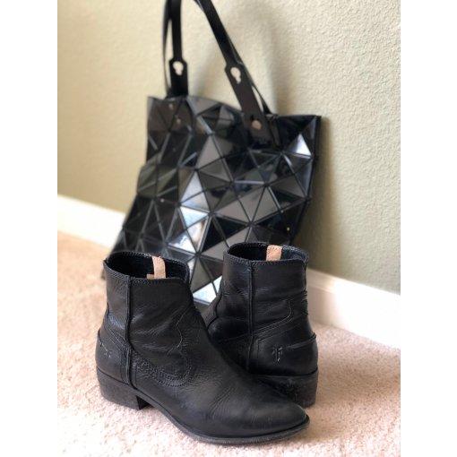 包鞋同色#2:  自在洒脱由心来