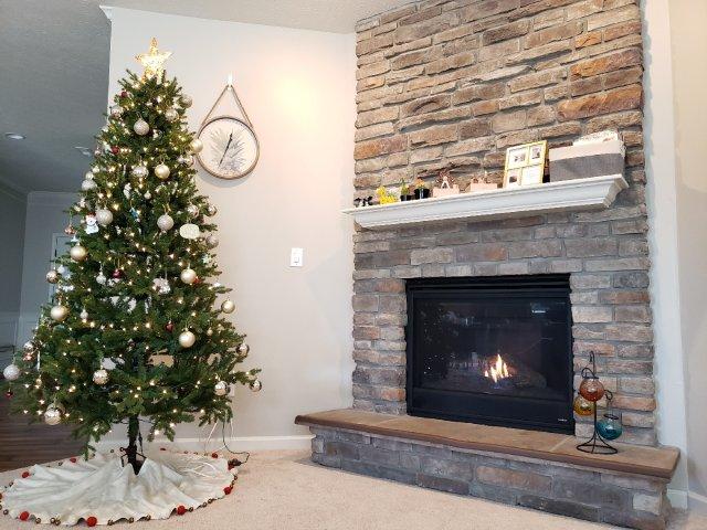 圣诞节快到了,圣诞树🎄装扮起来!