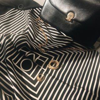 50刀淘到80年代的丝巾扣&18k金Ce...