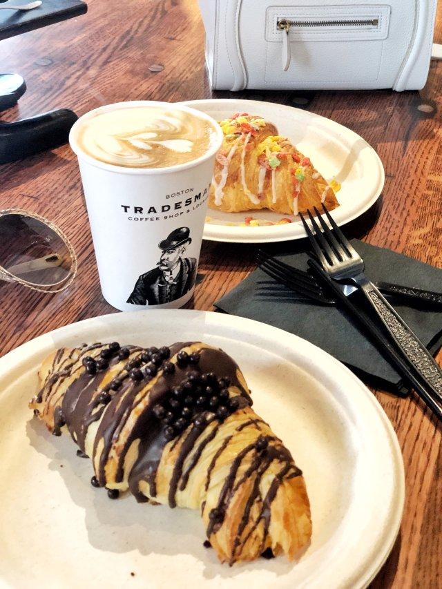 【26】颇有英国绅士风格的咖啡店T...
