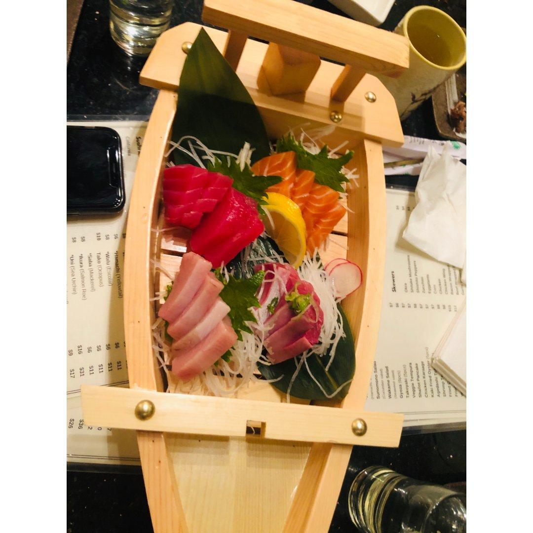 嘗試了一間新開張的sushi店