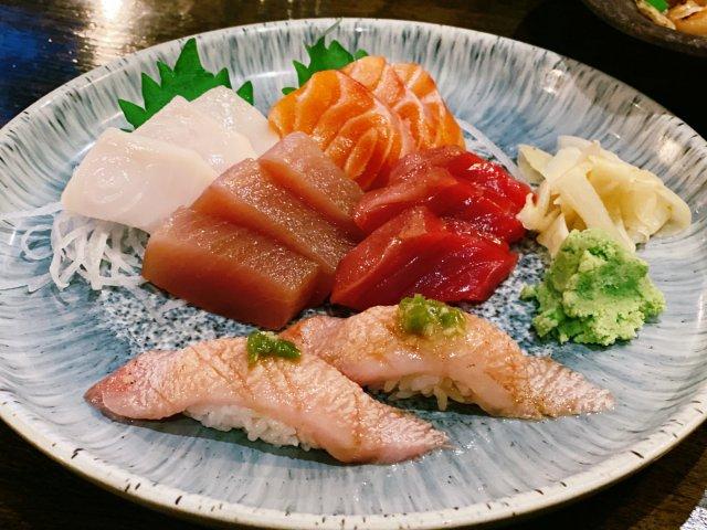 生完娃以后终于又可以吃sashimi啦