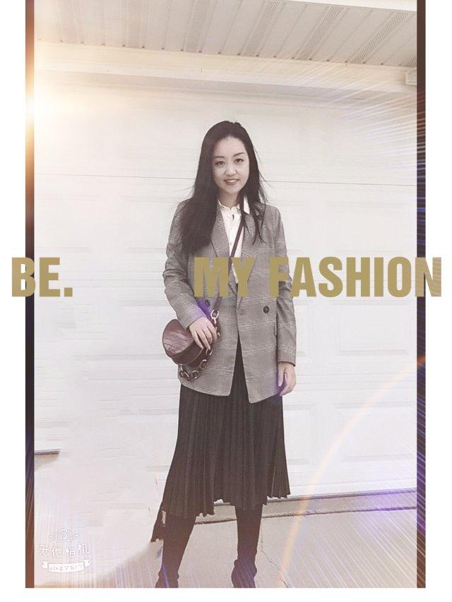 ✨秋季穿搭 |格子西装 + 百褶半身裙✨