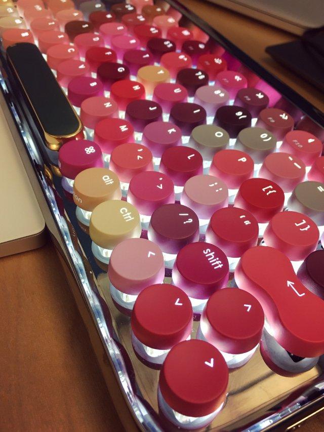 Lofree 口红机械键盘