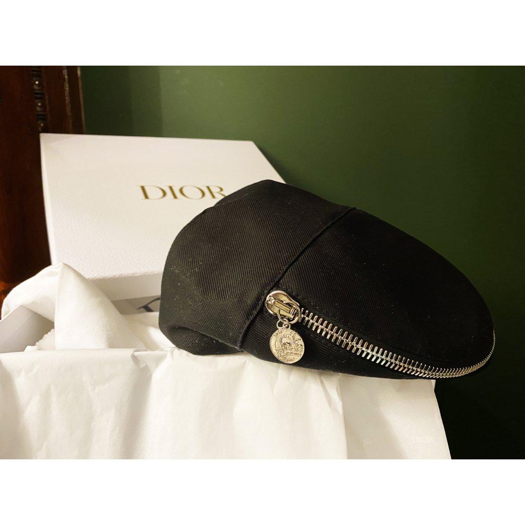 迪奥男士限量帽子 纽约仅一个😎