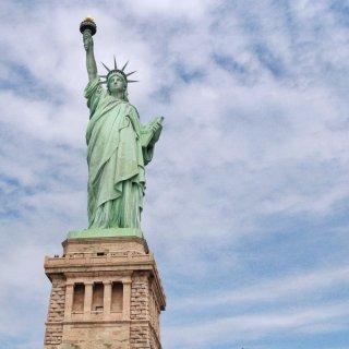 🗽纽约|坐邮轮去看自由女神像啦 (登岛攻...