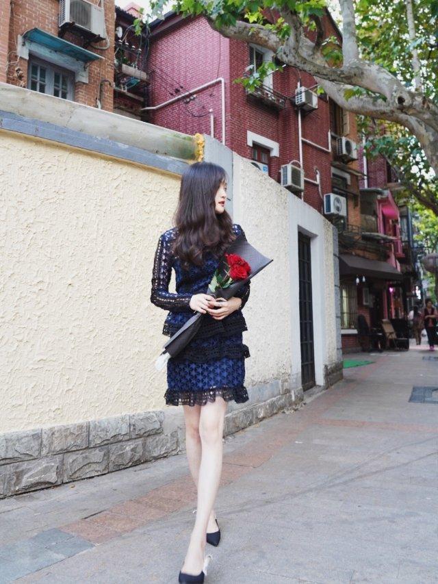 今天是街角那个穿裙子的女孩 | 每...