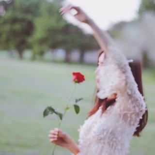 Ecru众测.穿搭 | White&Rose仙气飘飘裙