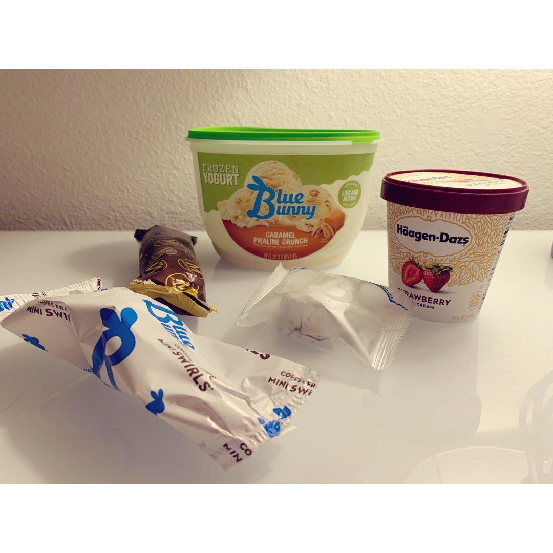 吃冰淇淋能让人心情变好🍦