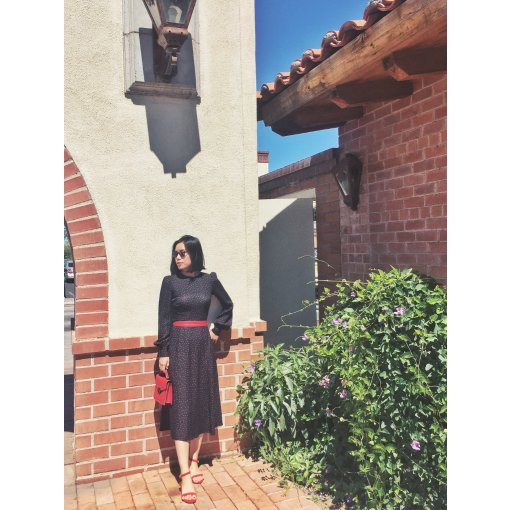 穿搭 | 夏天里的红色波点复古连衣裙