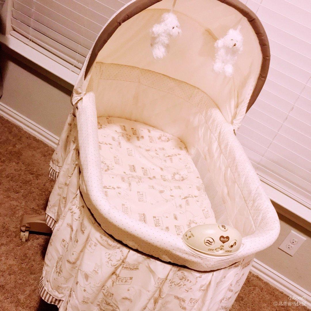 宝宝出生后第一个月睡的bassin...