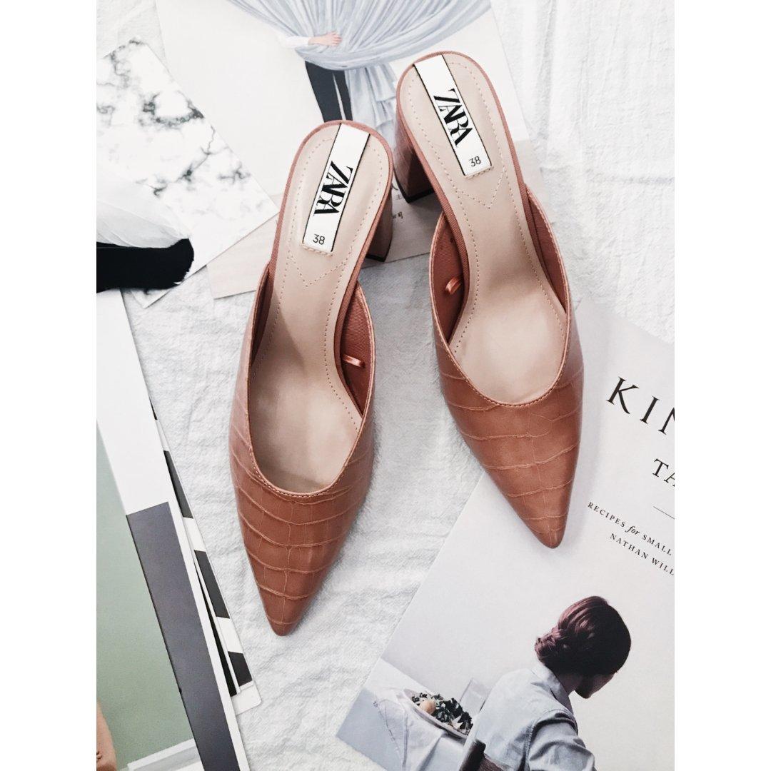 鞋子|藕粉色的Zara穆勒鞋