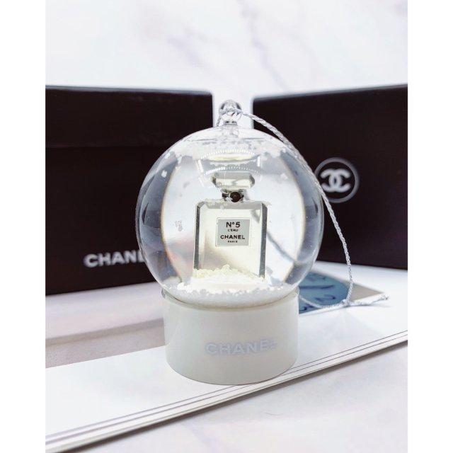 Chanel 迷你水晶球🔮挂件