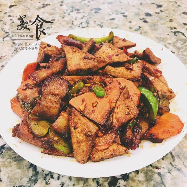 美食分享|香干回锅肉~下饭家常菜😋