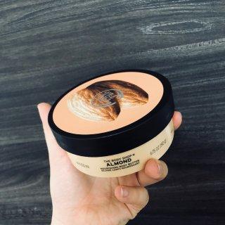 杏仁身体乳膏,£8