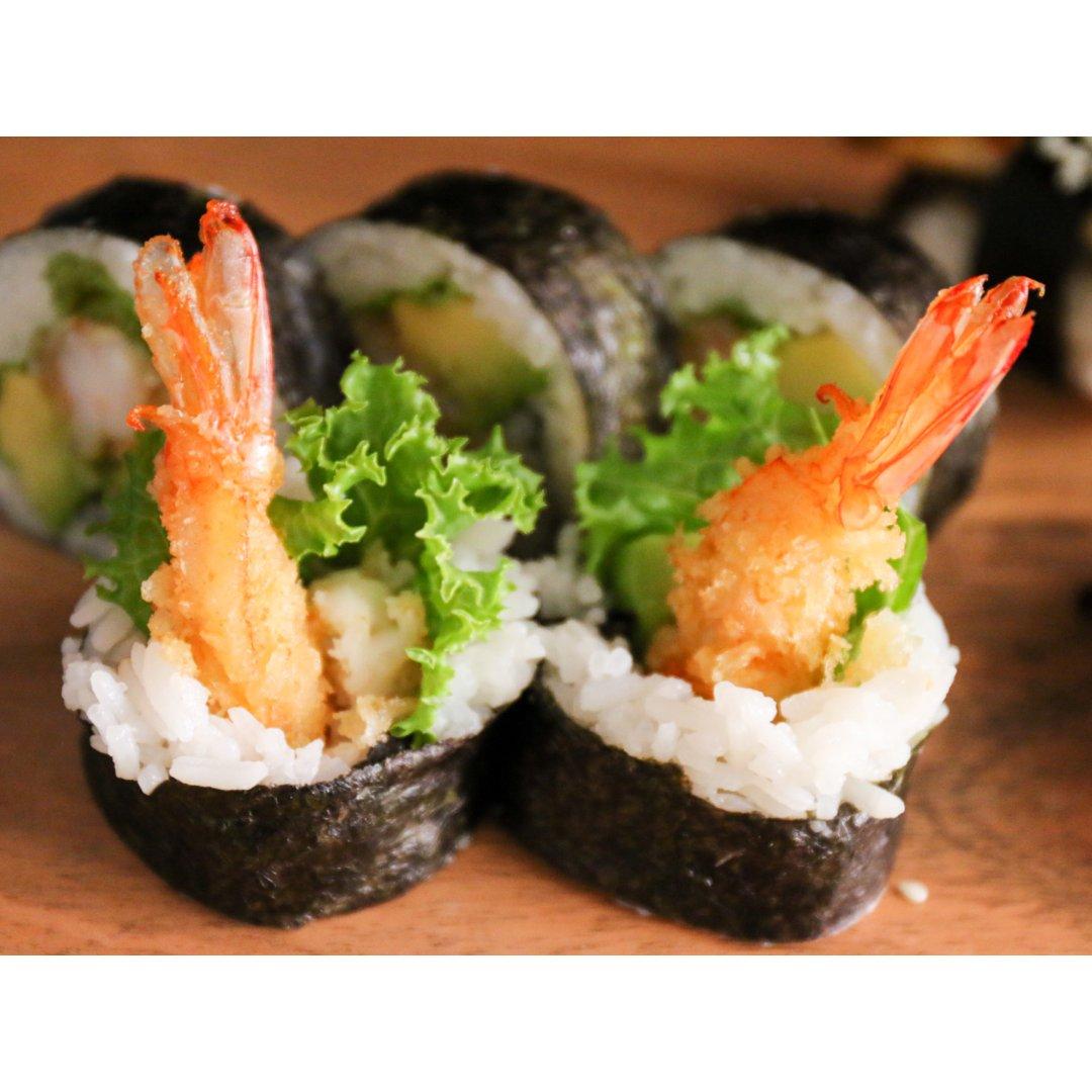 终于在家吃上寿司卷了