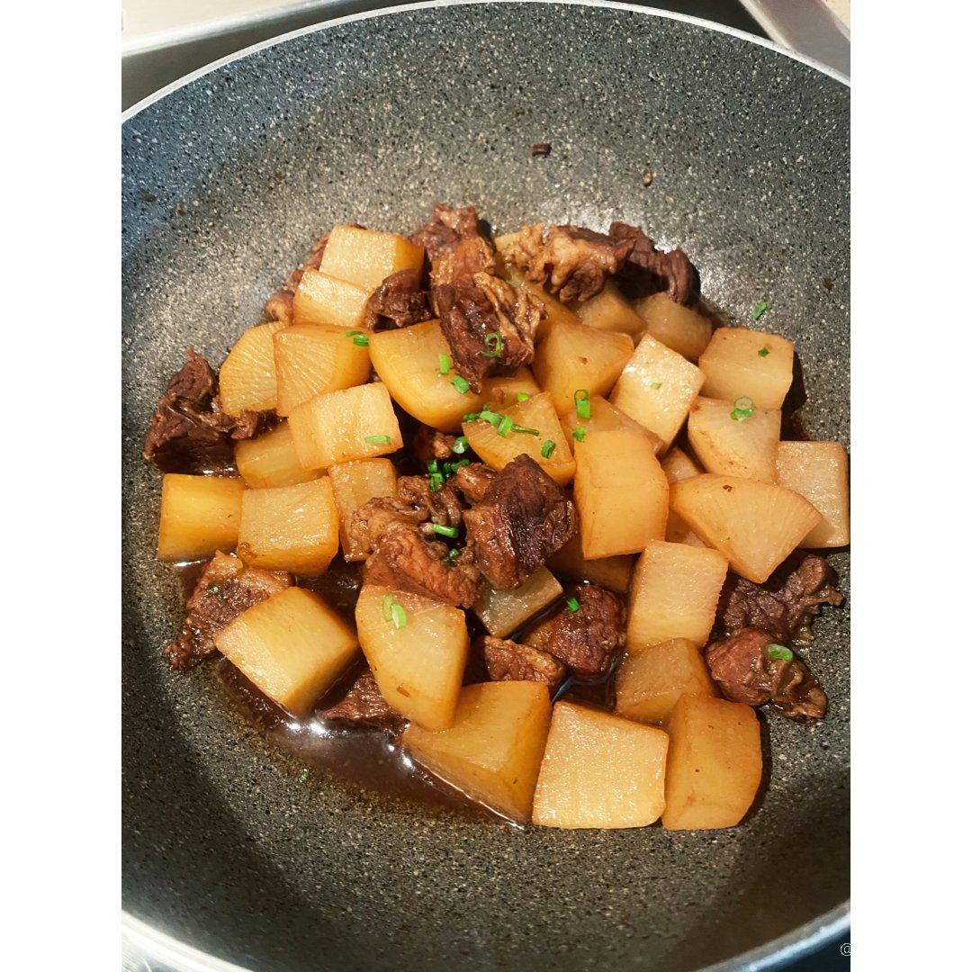 萝卜炆牛腩,15分钟搞定一餐饭