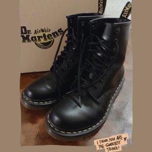 直接6.5折 €57收大童款闪购:Dr. Martens马丁靴 爆款1460、切尔西靴都热促