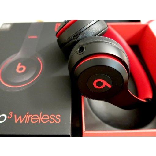 Beats耳机🎧在自我的世界独居 