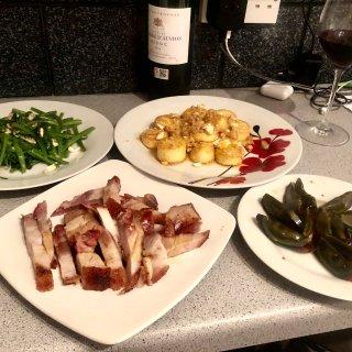 炒通菜,金沙豆腐,烧肉,皮蛋