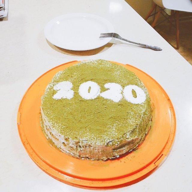 今年的新年蛋糕🎂是抹茶味的😋