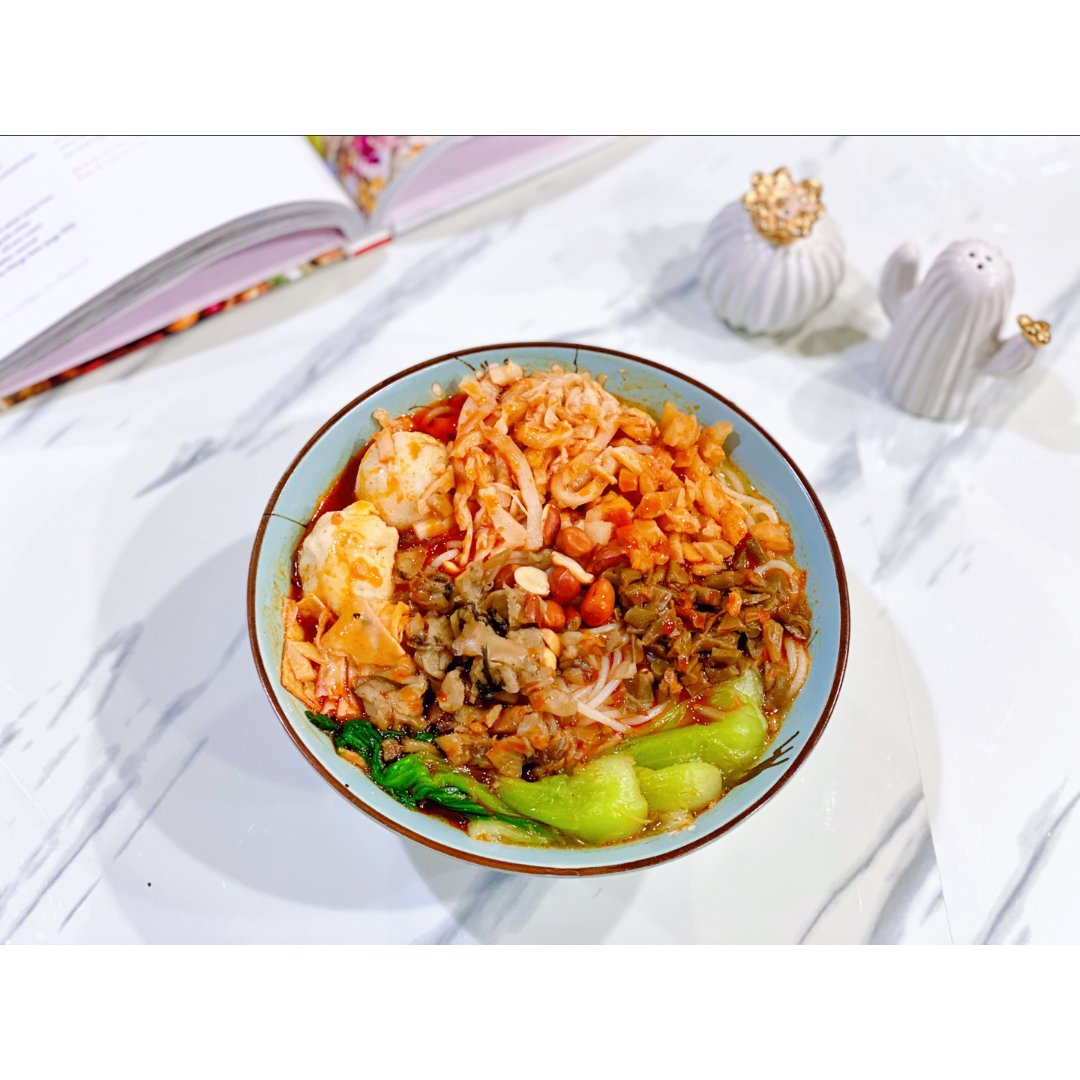 流泉大航海螺蛳粉酸菜麻辣味