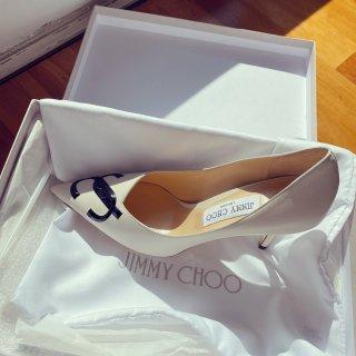 居家服最佳伴侣- Jimmy Choo...