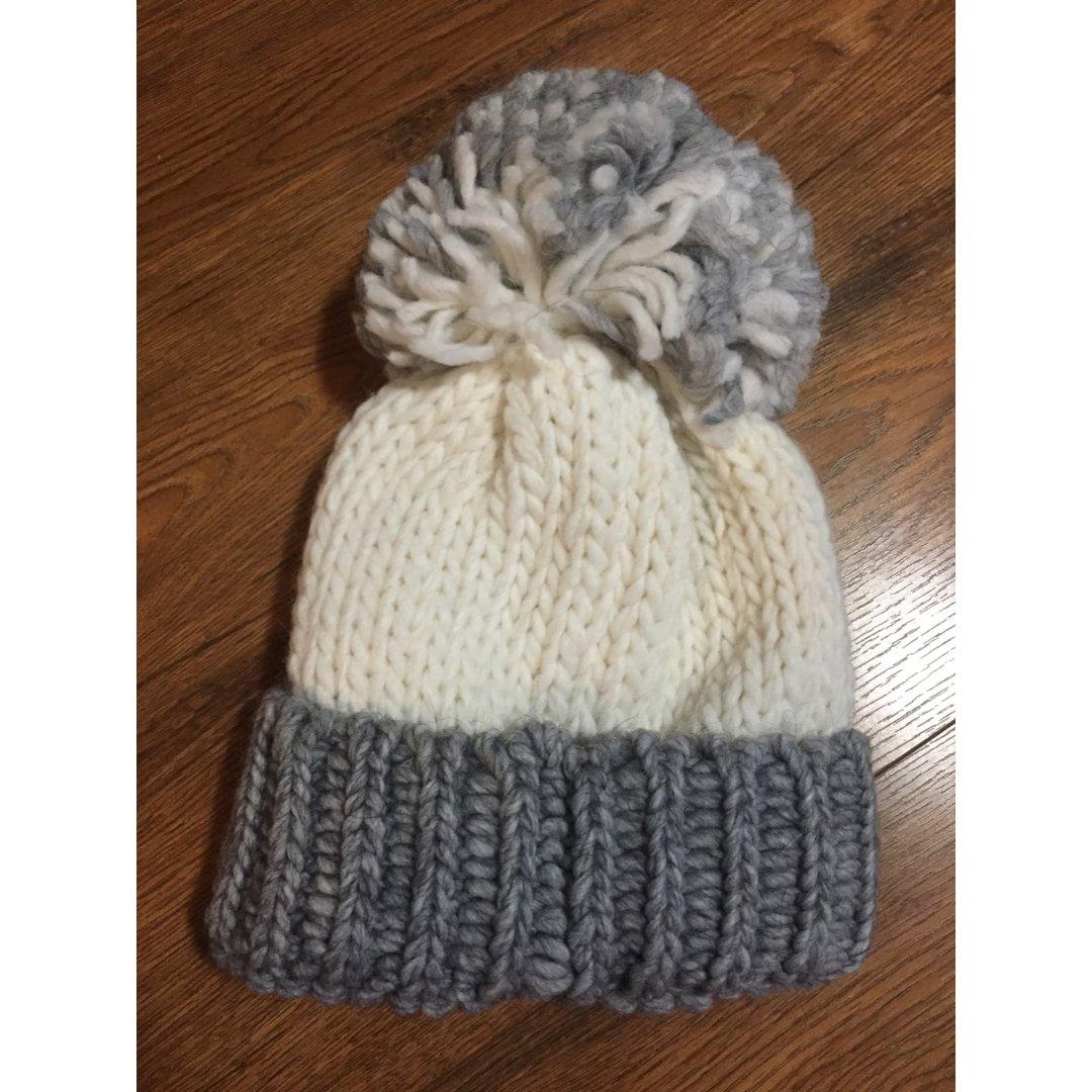 冬天要買很多很多帽子