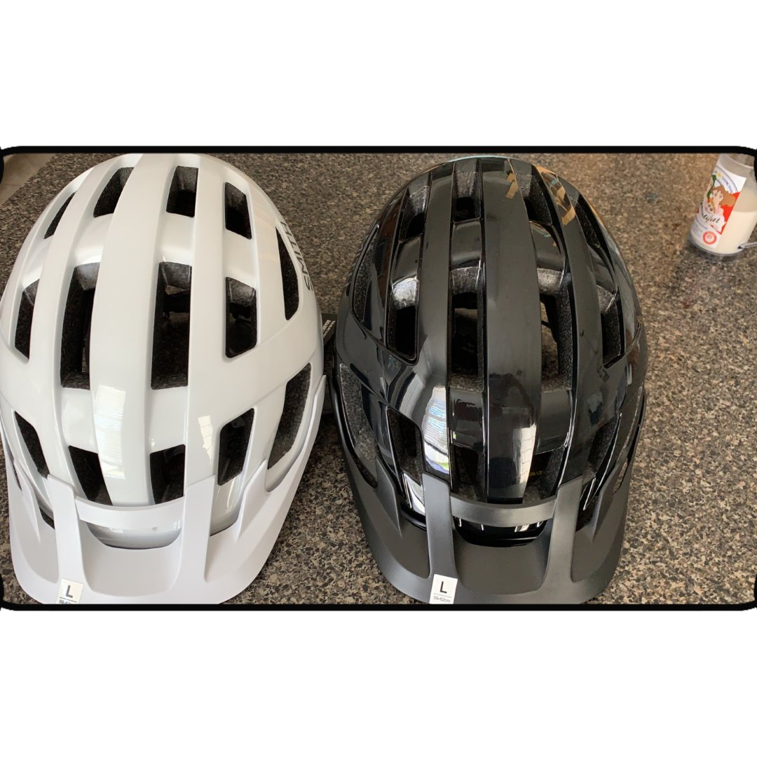 第三摊:头盔