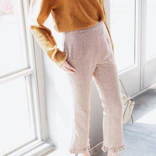 乍暖还寒时候 你需要一条这样一条裤子...