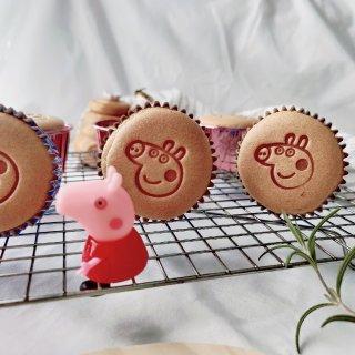 十月小确幸③ 小猪佩奇牌戚风杯子蛋糕...