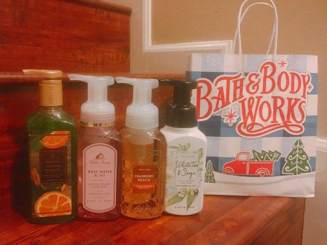 Bath and body wor...