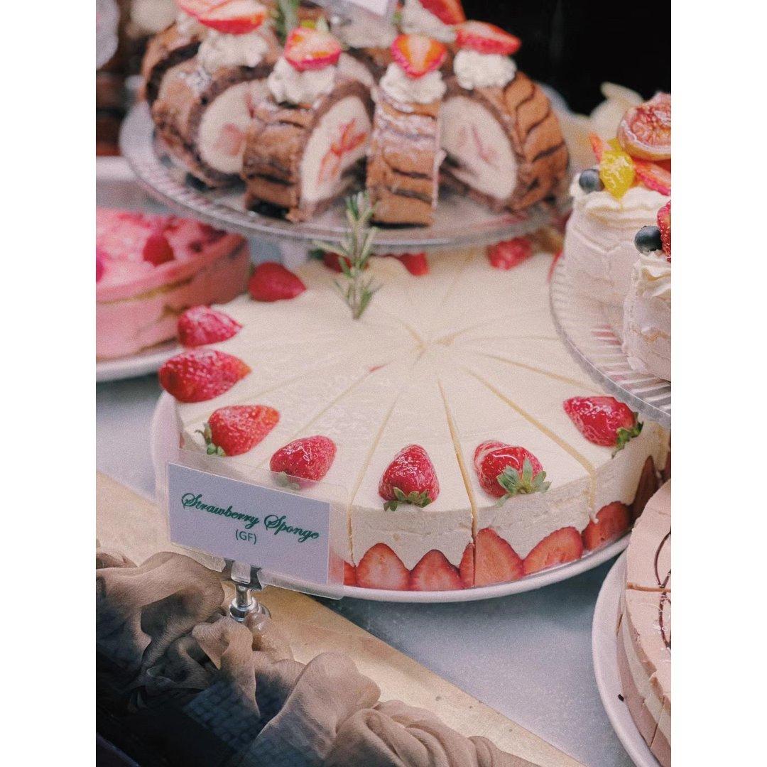 藏在Collins st的百年蛋糕店🍰...