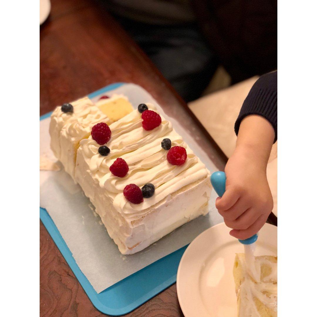 最简单的戚风水果裱花奶油蛋糕